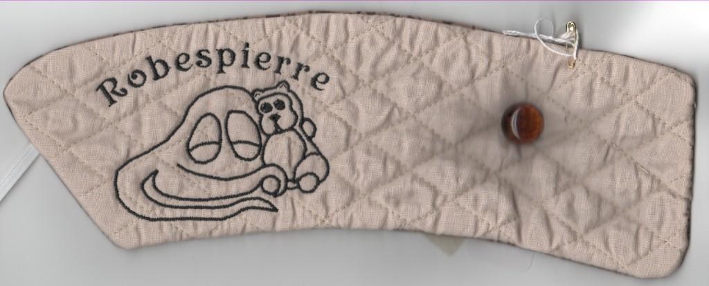 RobespierreCupHolder